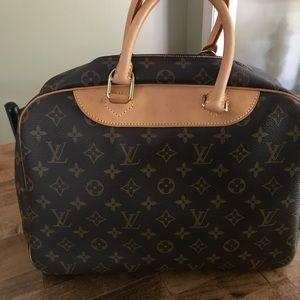 Handbags - Louis Vuitton Deauville